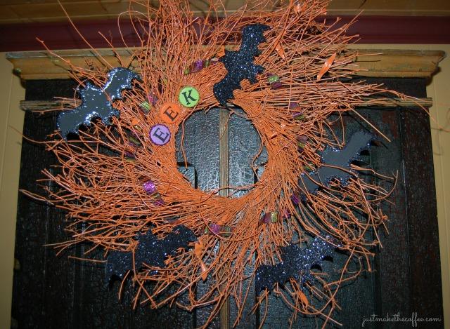 EEK wreath